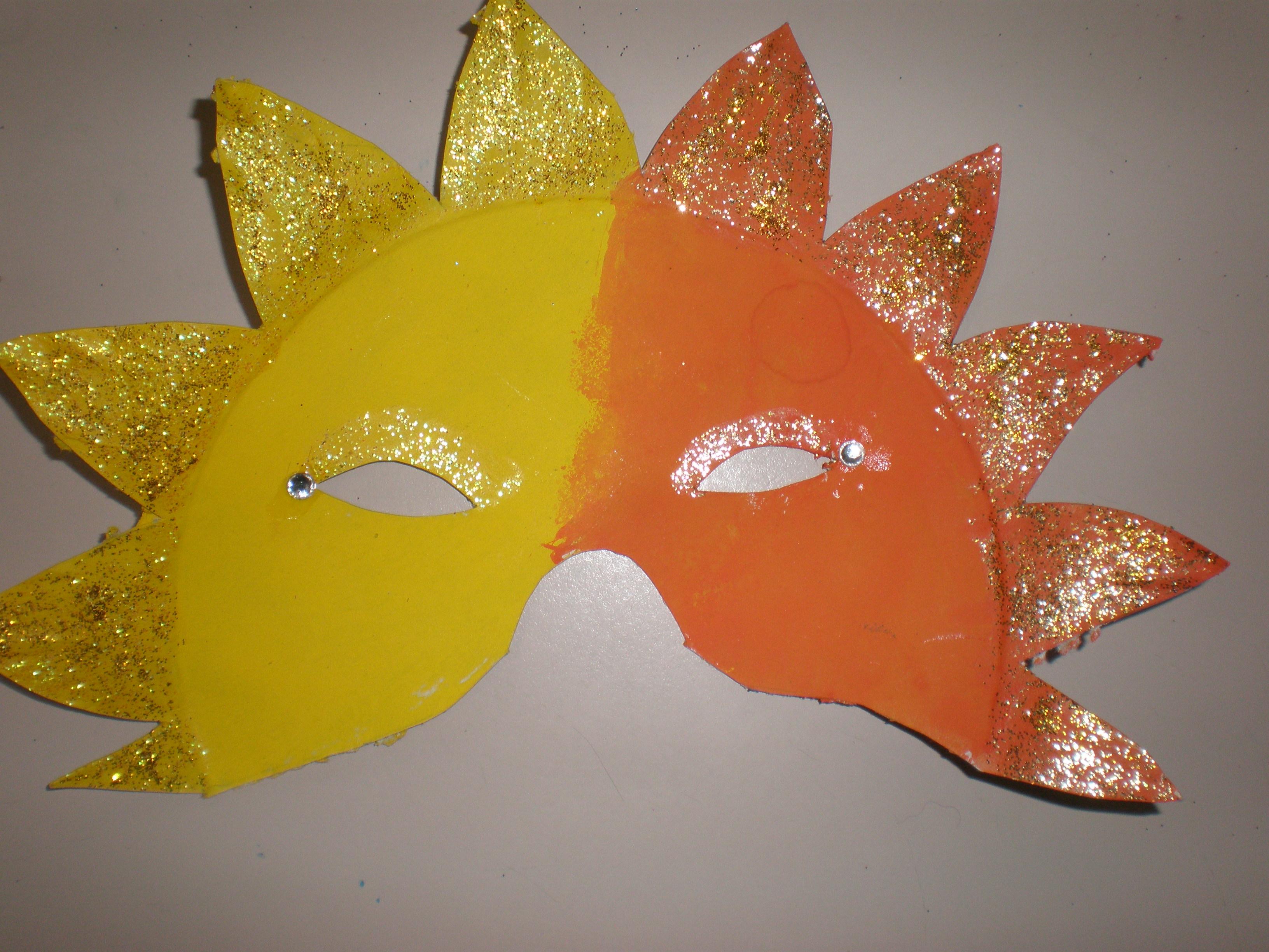 Les masques pour la personne par la pâte de zinc